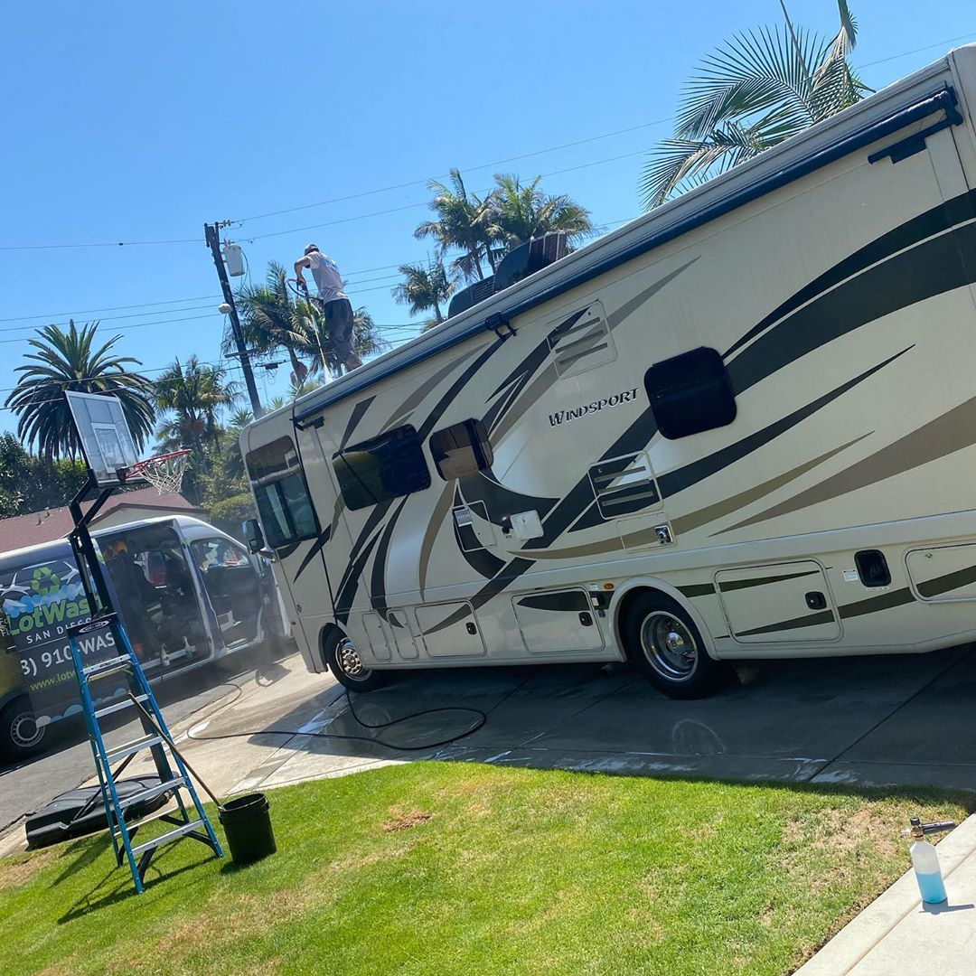 Mobile RV Detailing in Carlsbad by LotWash
